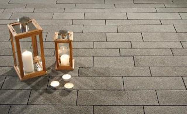 Relativ Terrassenplatten reinigen: Wichtige Tipps und Tricks | kemmler.de FJ29