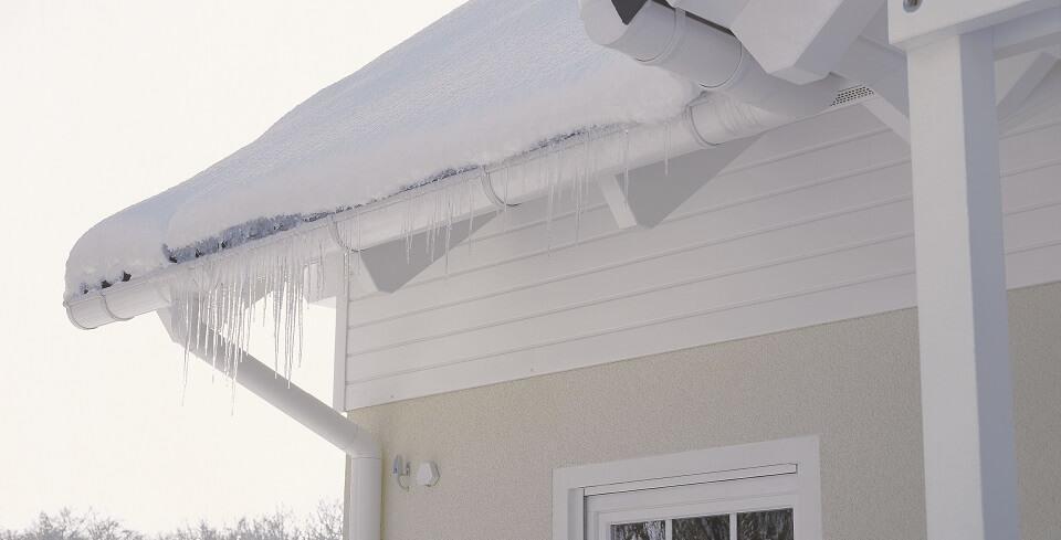 Hervorragend Schneefangsysteme - Schutz vor Dachlawinen | kemmler.de TM31