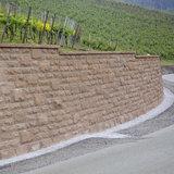 Braun - Steine Santuro Bossenmauer